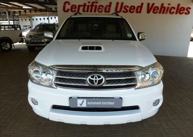 Anesco TOYOTA Bakkie For Sale - 2010 Toyota Fortuner 3.0 D4D